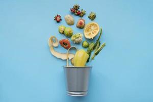 Draufsicht Müll kochen Konzept foto