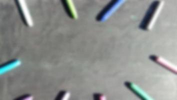 Hintergrundunschärfefoto mit roter Grundfarbe foto