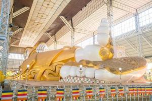 Shwethalyaung liegender Buddha in Bago, Myanmar foto