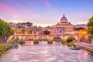 Petersdom in Rom, Italien foto