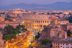 Draufsicht auf die Skyline von Rom vom Schloss Sant'angelo foto