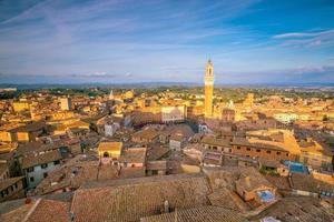 Innenstadt von Siena Skyline in Italien foto