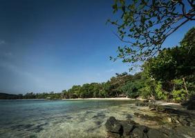 Baumhausbucht in Koh Ta Kiew Paradiesinsel in Kambodscha foto