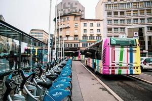 Straßenverkehr in der Stadt Luxemburg, Luxemburg, Europa foto