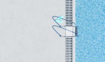 Draufsicht auf ein Schwimmbad mit Treppe foto