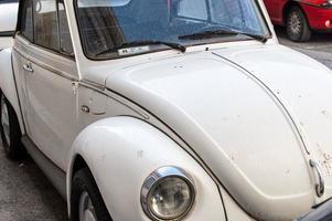 weißer alter Käfer foto