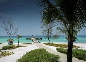 Fähranlegestelle am Paradise Koh Rong Island Beach in der Nähe von Sihanoukville Kambodscha foto