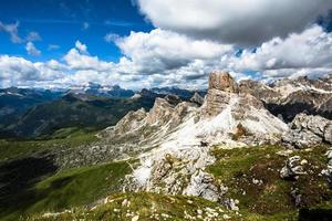 2021 06 26 Cortina Dolomitwiesen acht foto