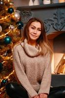 Weihnachtsschönheit Mädchen foto