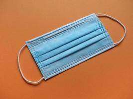 Gesichtsmaske zum Schutz vor Atemwegserkrankungen einschließlich Covid19 foto