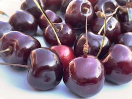 Früchte der Sommersaison, Kirschen. foto