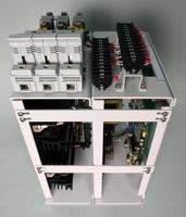 elektronische Platine für Computer und elektronische Steuereinheiten. foto