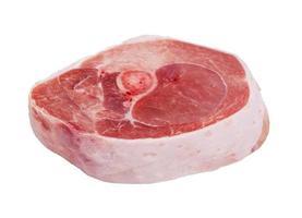 Stück Fleisch auf weißem Hintergrund foto