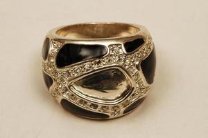 Istanbul, Türkei, 2021 - handgefertigter antiker Ring foto