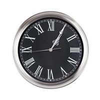 fünf Minuten nach eins auf der Uhr foto