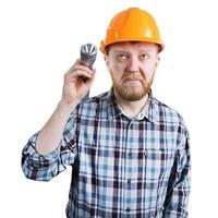 Mann mit Taschenlampe foto