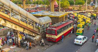 Verkehr in Neu-Delhi, Indien foto