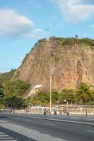 rio de janeiro, brasilien, 2015 - ruderstein in copacabana foto