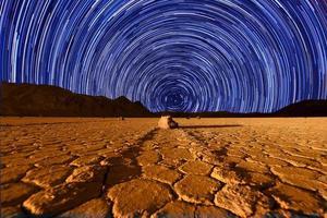 wunderschöne Sanddünenformationen im Death Valley Kalifornien foto