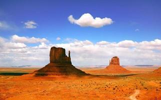 schöne landschaft des monument valley arizona foto