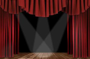 rote Theatervorhänge mit dreifachem Scheinwerfer foto