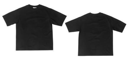 leeres schwarzes übergroßes T-Shirt Mockup vorne und hinten isoliert auf weißem Hintergrund mit Beschneidungspfad foto