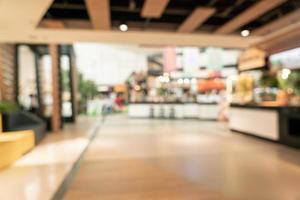 abstrakter Unschärfe-Food-Court im Einkaufszentrum für den Hintergrund foto