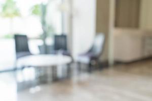 abstrakte Unschärfe Luxus-Stuhl- und Tisch-Innendekoration im Wohnzimmer foto