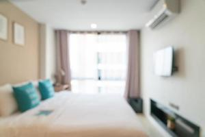 abstraktes Unschärfebett im Schlafzimmer für Hintergrund foto