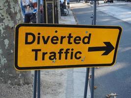 umgeleitetes Verkehrszeichen foto