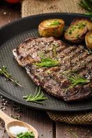 Rindfleisch Rib Eye Steak foto