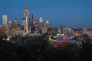 Mount Rainier, Seattle Twilight foto