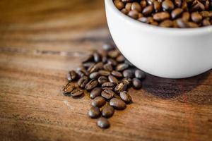 Kaffee auf Grunge Holz Hintergrund