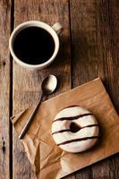 Donuts und Kaffee foto