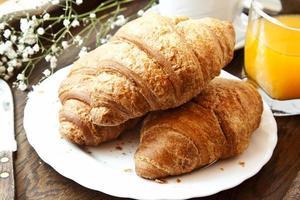 französische Croissants zum Frühstück foto