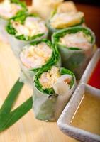 frische Sushi Auswahl Kombination Sortiment Auswahl foto