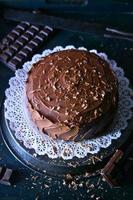 Schokoladenkuchen mit Eis