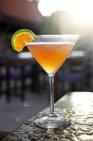 Nahaufnahme Cocktail aus Orangensaft