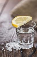 Tequilasilber mit Zitrone