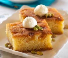 Ramadan Dessert Sam Tatlisi traditionelle türkische Süßigkeit foto