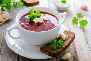 russische küche - borshch foto
