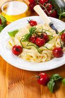 Tagliatelle mit Gemüse foto
