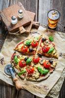 Zutaten für hausgemachten Teig für Pizza foto