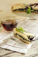 Kuchen mit Spinat und Eiern foto