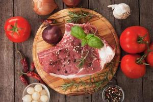 rohes Ribeye-Steak foto