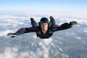 Nahaufnahme des Fallschirmspringers