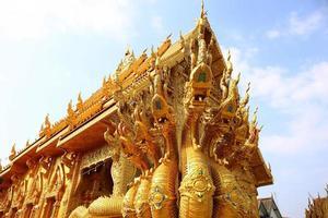 die sieben köpfe große schlange, nan, thailand foto