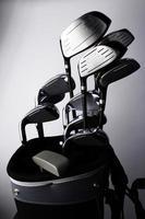Golfschläger und Tasche foto
