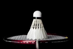 Badminton-Shuttle auf Schläger