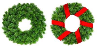 immergrüner Kranz der Weihnachtsdekoration mit rotem Band